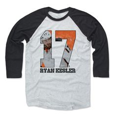 Men's Madison Bumgarner Ball K Baseball T-Shirt from 500 LEVEL. This Madison Bumgarner Baseball T-Shirt comes in multiple sizes and colors. Antonio Brown Catch, Martavis Bryant, Deangelo Williams, Ryan Kesler, Brent Burns, Madison Bumgarner, Fall Months, Casual Looks, Blue Jeans