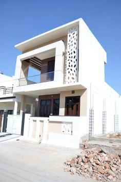 Executed : bungalows by design ahead architects Modern Exterior House Designs, Modern House Facades, Modern Architecture House, Modern House Design, Architecture Design, Bungalow House Design, House Front Design, Small House Design, Cool House Designs