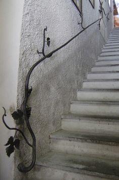 escalier de la cave sur pinterest sous sols cave ouvert. Black Bedroom Furniture Sets. Home Design Ideas