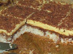 Ingrediente / ingredients:   Bezea/ Meringue:  - 8 albusuri - 8 egg whites  - 200 g zahar - 200 g sugar  - 350 g nuca de cocos - 35...