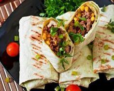 Wraps allégés à la mexicaine au bœuf et à l'oignon grillé : http://www.fourchette-et-bikini.fr/recettes/recettes-minceur/wraps-alleges-la-mexicaine-au-boeuf-et-loignon-grille.html