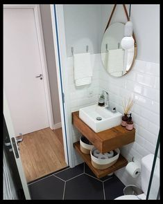 65 Most Popular Small Bathroom Remodel Ideas on a Budget in 2018 | Small Bathroom Reno | Bathroom Remodels Ideas | Bathroom Makeovers On A Tight Budget | Bathroom Designs Tiles | 5X7 Bathroom Designs. #bathroomdecor #hgtv #bathroomideas #Bathroom Ideas