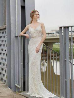 Prachtige Bohemian retro trouwjurk van kant in recht model