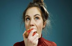 How Bad Is It To Eat An Apple Without Washing It? | OrganicLife | Will a quick rub on your shirt really do the trick?