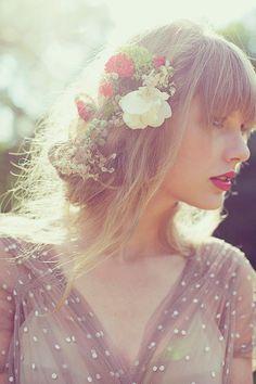 Estilo e Personalidade A Mulher Romântica Moda, características e comportamento Taylor Swift cabelo