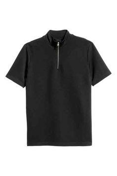 T-shirt com meia gola