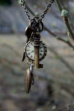 O Tempo é a chave de tudo e olha que o nosso tempo é a Eternidade! #gilsoncosta