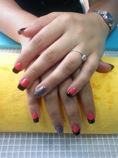 Nice french mix with coral red and black, also with a glitter black.