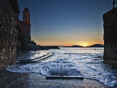 Tellaro La Spezia at sunset    #TuscanyAgriturismoGiratola