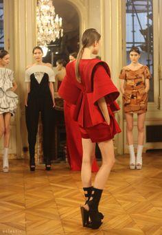 Ilja Haute Couture SS14 Paris Fashion Week folds pleats orgami dress origin - kimono