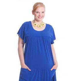 Edles Plus Size Kleid mit Rundhalsausschnitt.   jetzt im Shop erhältlich:  www.designforyou.at/shop