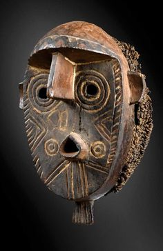 Africa | Mask from the Bete people of Ivory Coast | Wood, brass tacks, hide