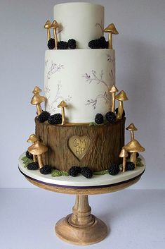 Must-See Rustic Woodland Themed Wedding Cakes ★ woodland themed wedding cakes three tiered cake with a wooden bottom layer of a heart with initials and golden mushrooms happy hills cakes Themed Wedding Cakes, Themed Cakes, Wedding Cake Toppers, Beautiful Wedding Cakes, Gorgeous Cakes, Amazing Cakes, Creative Cake Decorating, Creative Cakes, Mushroom Cake