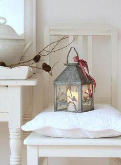 countrysidelife:  Shabby Chic Lantern