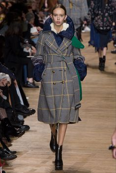 Sfilata Sacai Parigi - Collezioni Autunno Inverno 2017-18 - Vogue