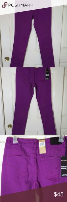 DKNY jeans DKNY jeans in color purple. Soho DKNK Jeans. More rise Skinny Leg. Regular fit. In perfect condition. Inseam  32 inches. Total length from waist  41. 5 inches. DKNY Jeans Skinny