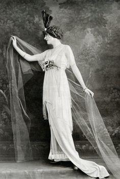 Dress by Redfern - November 1913