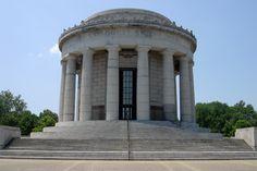 File:George Rogers Clark Memorial in Vincennes, Indiana.jpg