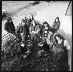 """Grateful Dead: Bill Kreutzmann, Laird Grant, Bob Weir, Ron """"Pigpen"""" McKernan, Danny Rifkin, Jerry Garcia, with Phil Lesh and Rosie McGee in back, and Rock Scully and Tangerine in front"""