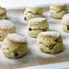 Cakes rich fruit scones
