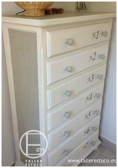 Sifonier reciclado con pintura a la tiza y transfer. Diy Home Decor, Room Decor, Diy Drawers, Painted Furniture, Furniture Redo, Diy Painting, Chalk Paint, Fresco, Dresser