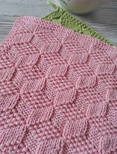 Crochet dishcloth pattern free knitted washcloths 51 ideas for 2019 Baby Knitting Patterns, Knitted Washcloth Patterns, Knitted Washcloths, Knitting Stiches, Crochet Dishcloths, Easy Knitting, Knitted Blankets, Crochet Patterns, Knit Stitches