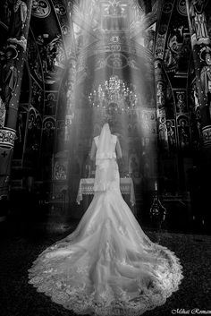 welcome everyone who want to be pretty Wedding Pics, Wedding Ceremony, Wedding Gowns, Dream Wedding, Wedding Day, Bride Flowers, Bride Bouquets, Bride Portrait, Photo Poses