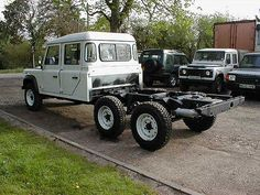Land Rover Defender 90 & 110 owner and admirer Defender 130, Landrover Defender, Land Rover 2016, Range Rover Off Road, Hummer Cars, 6x6 Truck, Cars Land, Range Rover Classic, Automobile