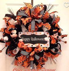 Mickey Halloween Party, Halloween Wreaths, Fall Decor, Disney, Design, Home Decor, Decoration Home, Room Decor