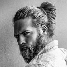 Classic Ponytail Hairstyle for Men http://www.99wtf.net/men/mens-fasion/latest-mens-casual-trouser-trend-2016/