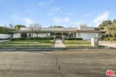 See this home on @Redfin! 10011 Lawrence Ln, Beverly Hills, CA 90210 (MLS #17-190152) #FoundOnRedfin