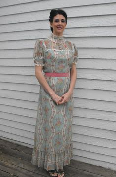 Vintage Victorian Style Dress 70s Floral Print Prairie by soulrust, $79.99