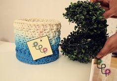 Koszyki robione ręcznie na szydełku z bawełnianego sznurka bądź przędzy spaghetti. // Handmade crochet baskets from cotton cord or yarn spaghetti You can order it at/Można zamówić na: www.facebook.com/pif.paf.puf.gliwice It, Planter Pots, Spaghetti, Vogue, Facebook, Noodle, En Vogue