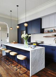 inspiracje w moim mieszkaniu: Kuchenna wyspa i hokery, czyli duet idealny w kuchni