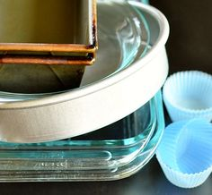 How important is the material when it comes to pans and other bakeware