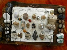 elizabeth bunsen...what a cool way to journal rocks from my travels.