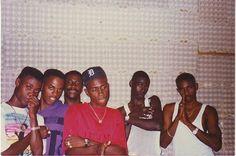 A young Buju Banton, Spragga Benz Dancehall Videos, Jamaican Men, Buju Banton, Mobb Deep, Lead Men, Reggae Artists, Love Affair, Kanye West, Retro Fashion