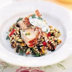 Simple baked salmon with dill yoghurt Jamie Oliver Salmon Fish Recipe, Easy Salmon Recipes, Fish Recipes, Seafood Recipes, Cooking Recipes, Healthy Recipes, Paleo Food, Savoury Recipes, Delicious Recipes
