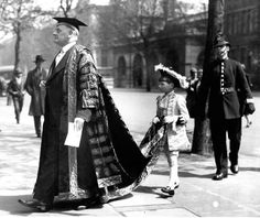 the Chancellor of the University, Lord Beauchamp, on Presentation Day, May 1930
