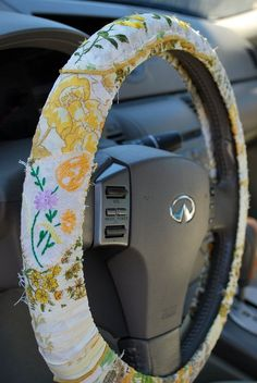 awesome $20 #vintage Hippie Chic Steering Wheel Cover in yellows... things i want