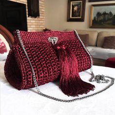 Crochet Handbags, Crochet Purses, Crochet Yarn, Crochet World, Crochet Designs, Crochet Patterns, Bag Pattern Free, Art Bag, Diy Purse