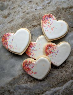 celebration confetti custom cookie heart party sugar Heart Confetti Celebration Party Custom Sugar CookieYou can find Heart cookies and more on our website Valentine's Day Sugar Cookies, Date Cookies, Heart Cookies, Royal Icing Cookies, Heart Shaped Cookies, Valentines Day Cookies, Valentines Baking, Christmas Cookies, Birthday Cookies