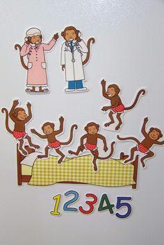 Doodle Bugs Teaching {first grade rocks!}: Five Little Monkeys Magnetic Storytelling Props {free} printables Preschool Songs, Preschool Literacy, Literacy Activities, In Kindergarten, Preschool Activities, Educational Activities, Flannel Board Stories, Felt Board Stories, Felt Stories