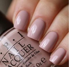 Opting for bright colours or intricate nail art isn't a must anymore. This year, nude nail designs are becoming a trend. Here are some nude nail designs. Nails Polish, Opi Nails, Nude Nails, Nail Polish Colors, Shellac, Pale Pink Nails, Color Nails, Neutral Nails, Neutral Colors