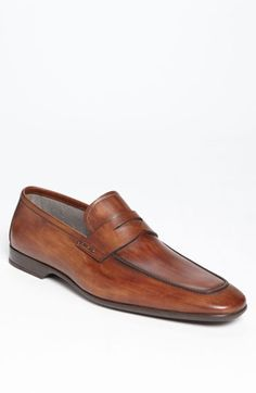 Free shipping and returns on Magnanni 'Ramiro' Penny Loafer at Nordstrom.com. Rich, burnished leather shapes a handsome loafer crafted in a modern chisel-toe silhouette.
