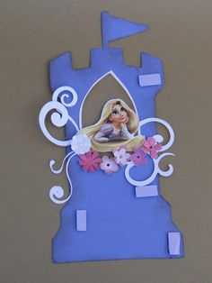 Convite da Rapunzel em papel Color Plus e detalhes em papel scrapbook. Cores podem ser alteradas. O texto é colocado na parte posterior. (alecrimartes@hotmail.com)