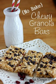 {No Bake} Chewy Granola Bars on Mandy's Recipe Box. Add whatever you want to make them yours.