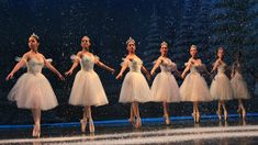 9 Tips to Avoid Nutcracker Burnout Nutcracker, the ballet that brings joy to thousands each holiday season and every other emotion to dancers. Whether you do 45 shows of Nutcracker or two shows, November and December can be stressful months Holiday Party Dresses, Party Dresses For Women, Party Gowns, Cocktail Bridesmaid Dresses, Prom Dresses, Wedding Dresses, Pink Cocktails, Dress Out, Different Dresses