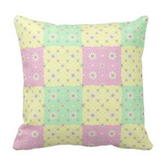 Pretty Quilt Patterned Throw Pillow