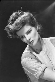 Katharine Hepburn, 1941. [Photo by Clarence Sinclair Bull] Great photo of her!